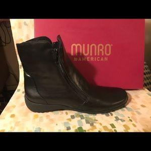Munro boots